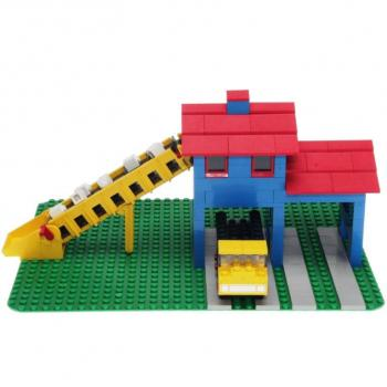 LEGO Legoland  351 - Loader Hopper with Truck