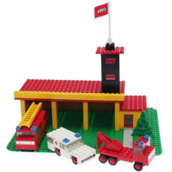 LEGO Legoland  347 - Fire Station with Mini Cars