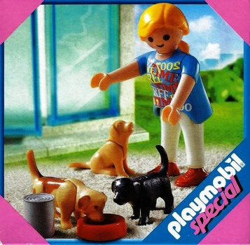 Playmobil - 4687 Woman with Puppies