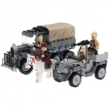 LEGO Indiana Jones 7622 - Race for the Stolen Treasure